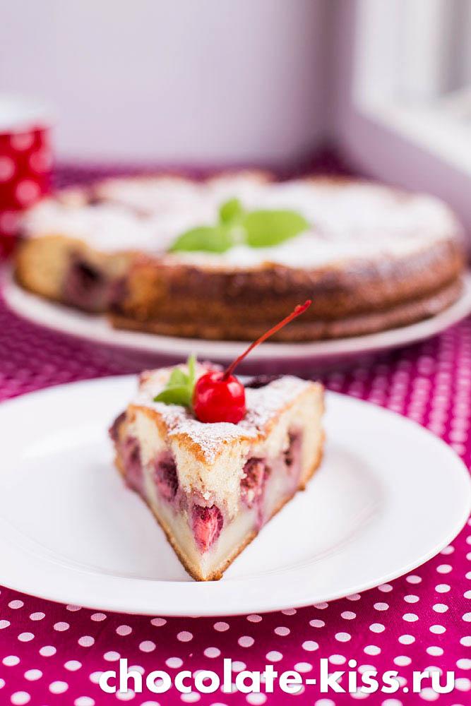 Клубничный пирог в духовке