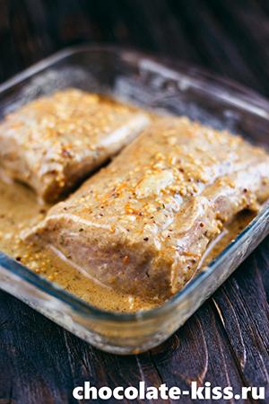 Cвинина в горчице, запеченная в духовке