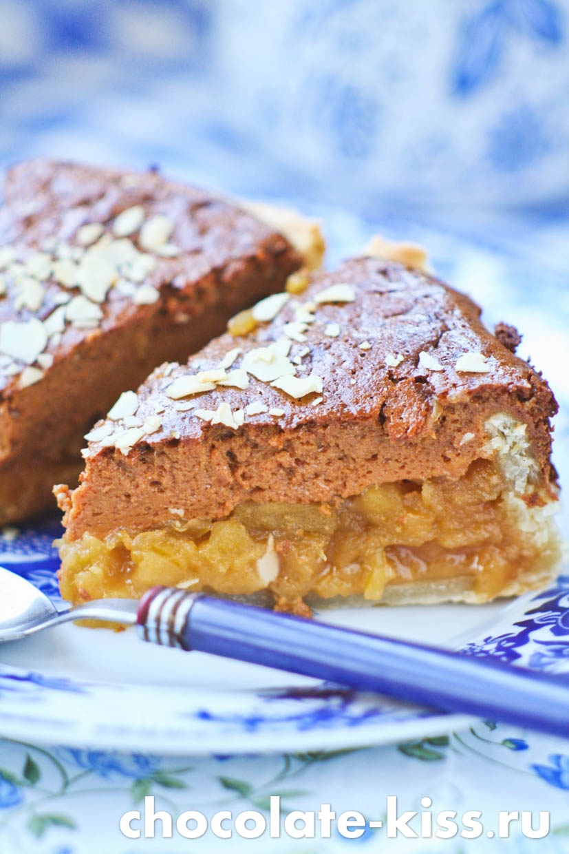 Пирог с вареной сгущенкой
