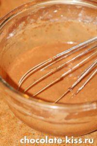 Шоколадный торт с карамелью