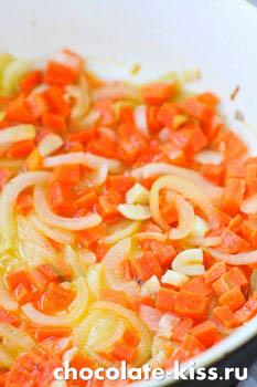 Свинина с овощами в кисло - сладком соусе