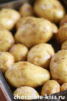 Запеченный картофель с сельдью
