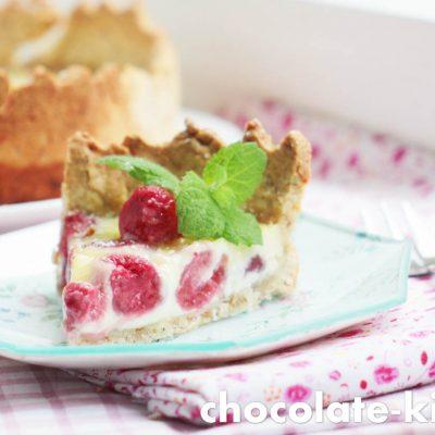 Пирог с малиной и шоколадом